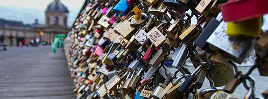 Cadeados nas pontes de Paris